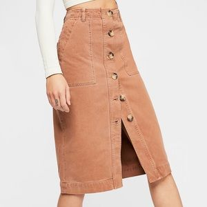 💕Free people midi button up light brown skirt